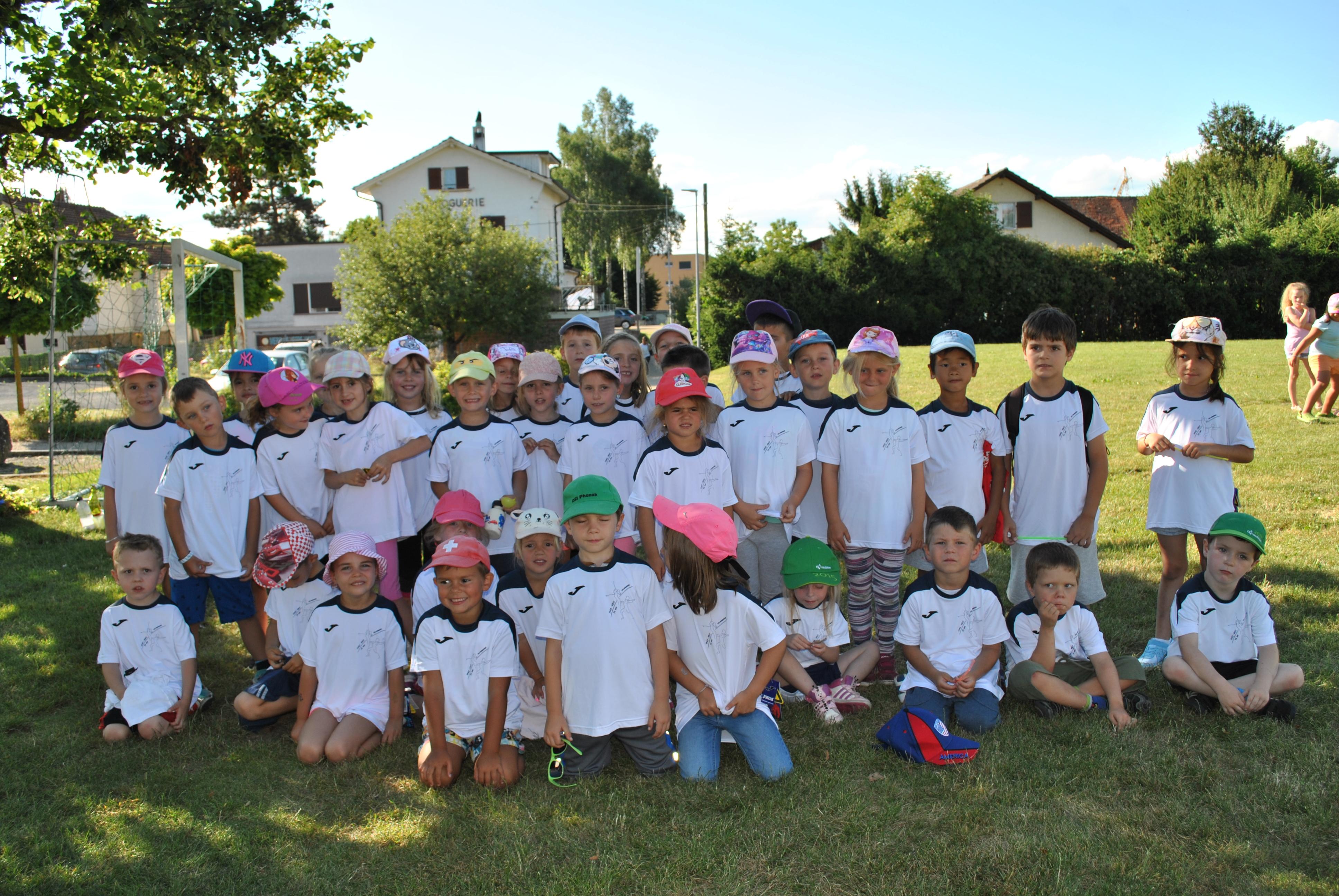 Clôture gym enfantine 2017 198
